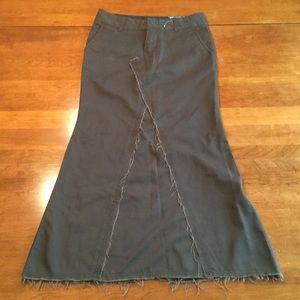 Volcom Frochickie long skirt NWOT